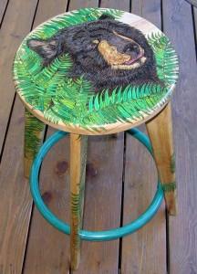 Black Bear - stool